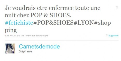 en sortant de chez POP & SHOES.JPG