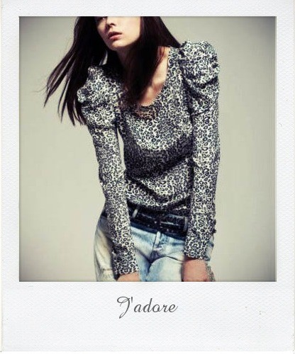 t-shirt imprime leopard manches gigot maje collection AH 09 pola.jpg