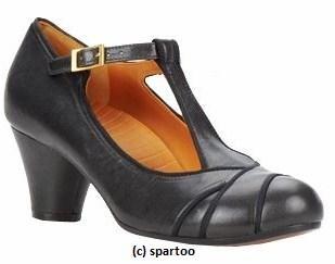 salome CELIA noir CHIE MIHARA chez SPARTOO.JPG