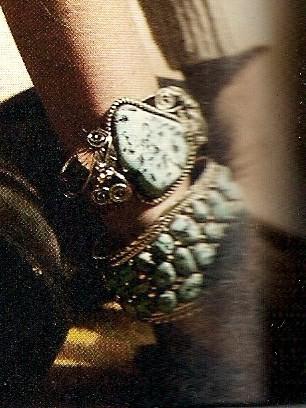 bracelts harpo ELLE du 21 fevrier 20090001.jpg